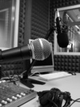 Radiostudio: Radiostudio (© https://www.flickr.com/photos/alebonvini/3258274564)